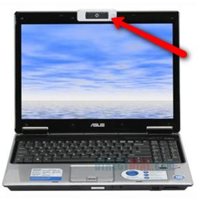 Mbulojini kamerat e laptopëve për mos t'ju spiunuar!