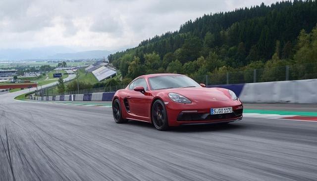 Porsche me model të ri