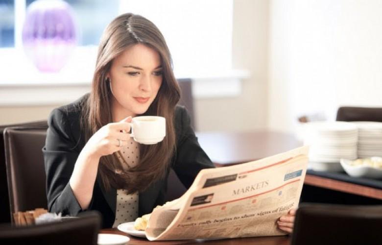 Çfarë i ndodh trupit kur pini kafe në stomak të zbrazët